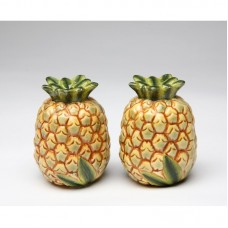 CosmosGifts Pineapple Salt and Pepper Set SMOS1149